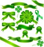Nastro verde con il trifoglio Immagini Stock