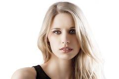 Natürliche blonde Frau mit dem Mund etwas geöffnet Stockfoto