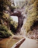 Natürliche Brücke lizenzfreie stockbilder