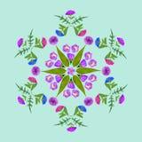 Natürliche Mandala von getrockneten gepressten Blumen, von Blumenblättern und von Blättern Lizenzfreies Stockbild