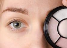Natürliche Schatten des weiblichen Auges Lizenzfreie Stockbilder