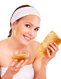 Natürliche selbst gemachte organische Gesichtsschablonen des Honigs. Lizenzfreies Stockbild