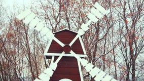 Natürliche Windmühle stock video