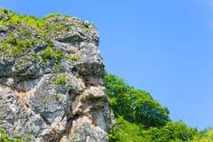 Natürlicher Felsen in Form eines menschlichen Kopfes Stockbild