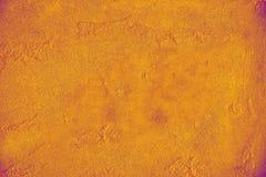 Natürlicher Luxus in rotem orange Neon-duotone Hintergrund Duotone-Effekt mit Goldfunkelnpulver, neunziger Jahre Art Mit Goldfunk lizenzfreies stockbild
