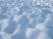 Natürlicher Winterhintergrund - weißer Schnee Lizenzfreie Stockbilder
