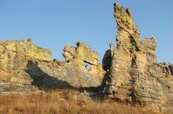 Natürliches Fenster am Isalo Nationalpark Stockbilder