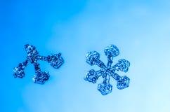Natürliches Kristallmakro der Schneeflocke Lizenzfreie Stockfotografie
