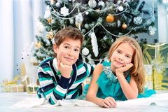 Natal alegre da família foto de stock royalty free