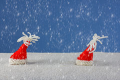 Natal-chapéus e neve Fotos de Stock Royalty Free