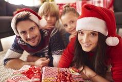 Natal com família imagens de stock royalty free