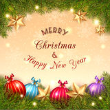 Natal Crystal Ball no fundo dourado Imagens de Stock Royalty Free