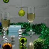 Natal da composição de Champagne ou fundo do ano novo Foto de Stock