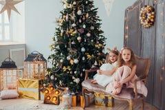 Natal de espera imagens de stock