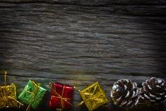 Natal e ano novo feliz para o fundo Configuração lisa com espaço da cópia fotografia de stock royalty free