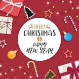 Natal e ano novo feliz e presente decorado da bola Fotos de Stock