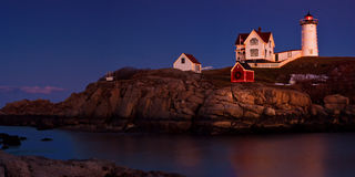 Natal na luz do Nubble Fotografia de Stock Royalty Free