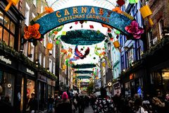 Natal na rua de Carnaby, Londres Foto de Stock Royalty Free