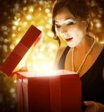 Natal ou presente de ano novo Imagens de Stock