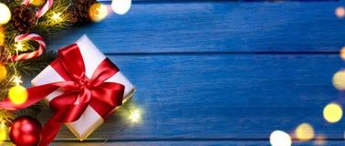 Natal ou presente do ano novo fotografia de stock royalty free
