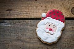 Natal Santa Claus no fundo de madeira Fotografia de Stock Royalty Free