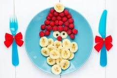 Natal Santa Claus para o café da manhã ou a sobremesa para crianças, creativ fotografia de stock