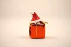 Natale cappello e contenitore di regalo Immagini Stock Libere da Diritti