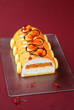 Natale contemporaneo Yule Log Cake immagini stock