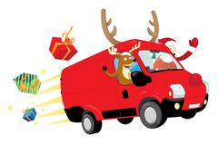 Natale divertente renna e Santa Claus che conducono un furgone rosso e che consegnano i presente royalty illustrazione gratis