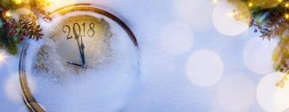 Natale e buoni anni di fondo di vigilia; 2018 Fotografia Stock Libera da Diritti