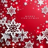Natale e nuovi anni di fondo rosso con i fiocchi di neve di carta illustrazione di stock
