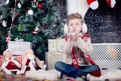 Natale e ragazzo del nuovo anno fotografia stock libera da diritti