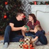 Natale Family immagini stock libere da diritti