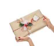 Natale fatto a mano d'annata del mestiere o regalo rustico del regalo di compleanno Immagine Stock Libera da Diritti