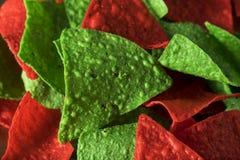 Natale festivo verde e chip di tortiglia rossi Fotografia Stock Libera da Diritti