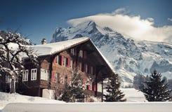 Natale nell'hotel svizzero delle alpi Immagine Stock