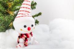 Natale pupazzo di neve ed albero di Natale Fotografia Stock Libera da Diritti