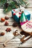 Natale slitta e regali Fotografie Stock Libere da Diritti