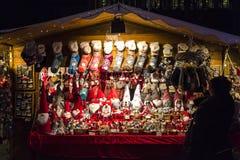 Natale tradizionale giusto sulla piazza Cavour in Como, Italia Fotografia Stock