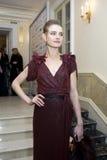 Natalia Vodianova na esfera do amor fotos de stock royalty free