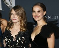 Natalie Portman and Jennifer Jason Leigh Royalty Free Stock Photography