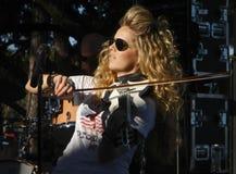 Natalie Stoval - musicista del paese Fotografie Stock Libere da Diritti