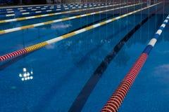 natation de regroupement Image libre de droits