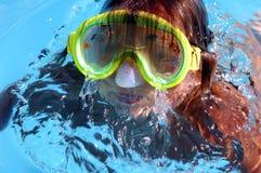 natation de regroupement de fille Images stock