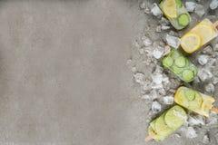 Natchnący wodni lodów popsicles obraz royalty free
