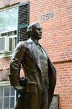 Nathan Hale Statue i Yale Royaltyfri Bild