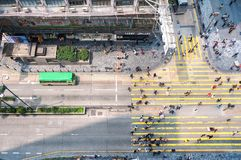 Nathan Road som ses från det 13th golvet av Chungking herrgårdar, Hong Royaltyfri Fotografi