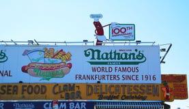 Nathan'sens original- restaurang på Coney Island, New York Royaltyfri Foto