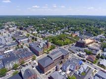 Natick i stadens centrum flyg- sikt, Massachusetts, USA Royaltyfri Fotografi