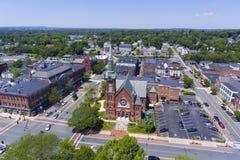 Natick i stadens centrum flyg- sikt, Massachusetts, USA Royaltyfria Bilder